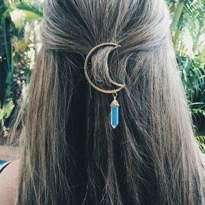 ❤️gorgeous crescent moon quartz prism hair clip